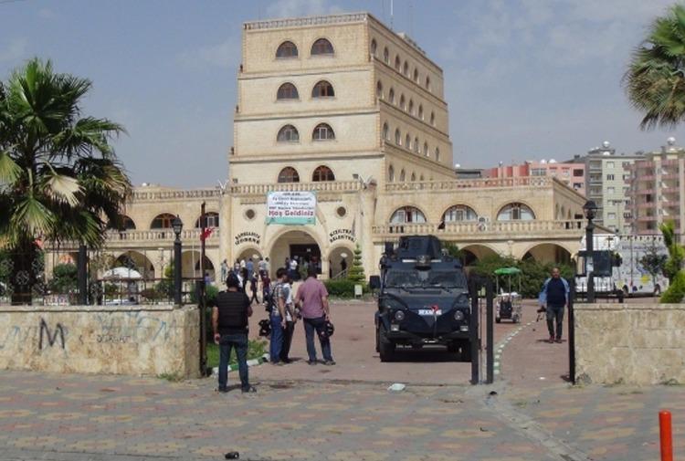 HDP'li belediyeye kayyum ataması