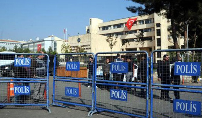 HDP 20 Kasım'da 'çekilmeyi' görüşecek