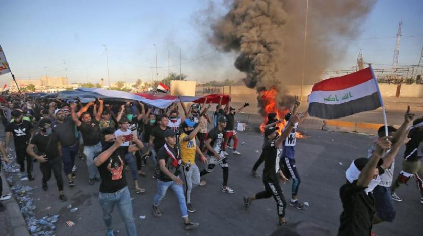 Sadr destekçileri ile Iraklı göstericiler çatıştı!