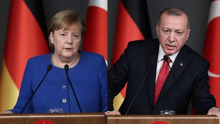 Angela Merkel ve Erdoğan gündemi görüştü