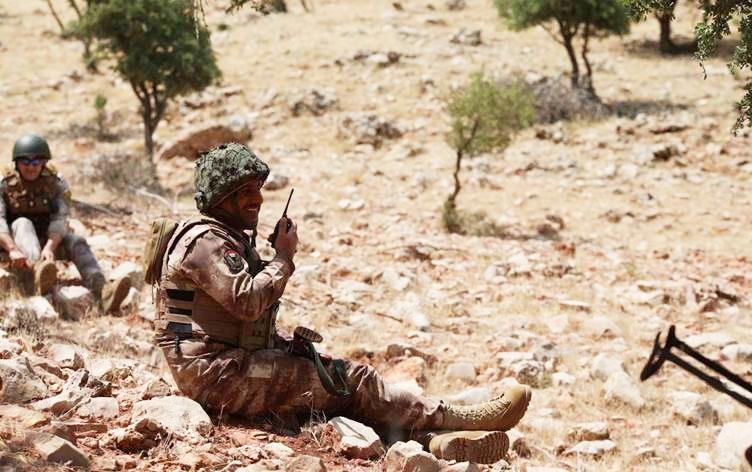 Birlik tamamen Kürtlerden oluşuyor: Operasyonlara karşı sınıra mevzilendiler